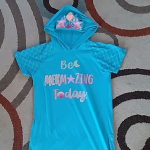 Be Mermazing today! Girls hooded nightgown